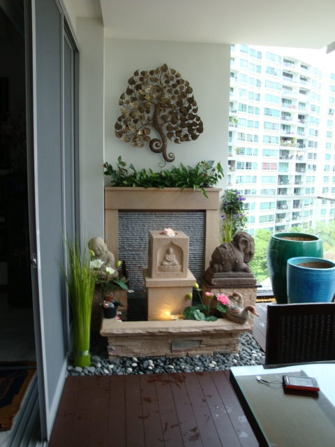 Zen Design Cascading Wall Water Feature Pond at Balcony