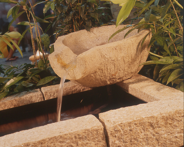 Model Polystone Bowl Water Feature Pond