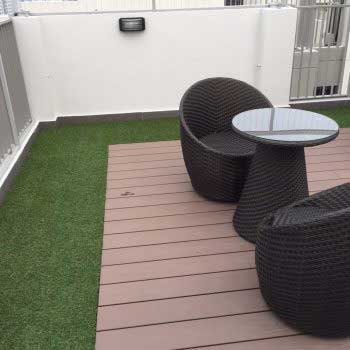 Artificial Grass with Timber Deck