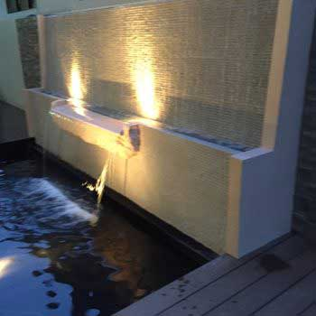 creative outdoor wall water feature