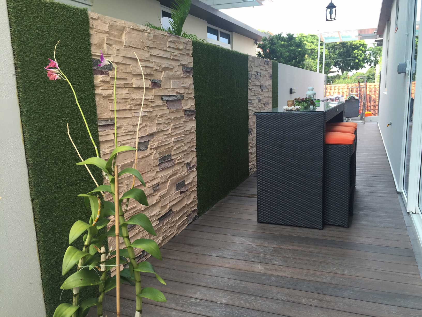 vertical green artificial grass